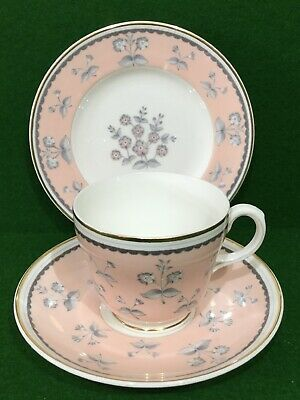 """Wedgwood """" Pimpernel """" Pink Tea Cup, Saucer & Plate Trio • 16.50£"""