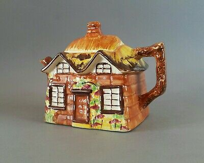 Ye Olde Cottage Vintage Tea Pot Made In England  • 22£