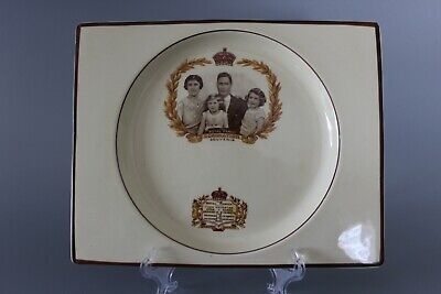 Royal Staffordshire Biarritz George VI Coronation Family Plate • 10£