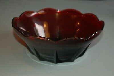 Vintage Red Ruby Glass Scalloped Fruit Bowl Candy Dish Ruby Red Glassware • 4.99£