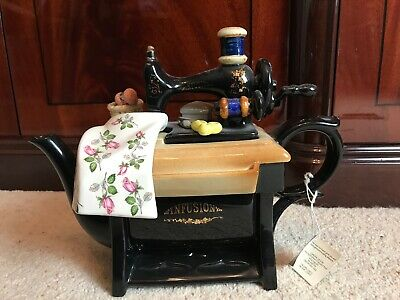 """Cardew Design Large Infusion Sewing Machine Teapot/12""""x9"""" • 49£"""