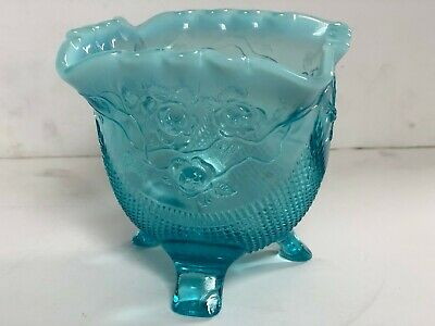 Opalescent Blue Floral Footed Vase • 8.01£