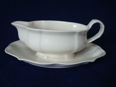 VILLEROY & BOCH MANOIR GRAVY BOAT WITH FIXED SAUCER- 1st QUALITY • 25£
