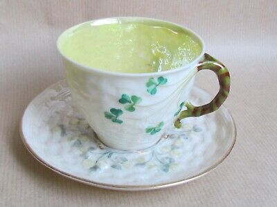 BELLEEK SHAMROCK TEA CUP & SAUCER (Ref5421) • 23.75£