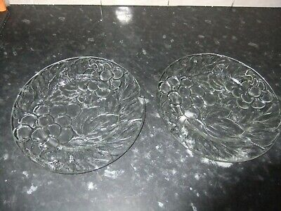 Pair Of Kig Indonesia Embossed Glass Dinner Plates, Grapes, 10.5  • 4.99£