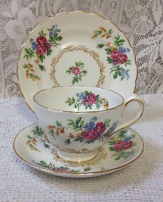 New Chelsea English Fine China Floral Trio Floral Pattern  C1940s • 14.99£