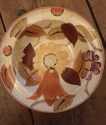Susie Cooper Dish. Slightly Chipped.  • 4£