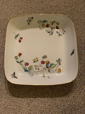 Royal Worcester  Strawberry Fair  Square Serving Dish Oven To Table Bakeware • 5£
