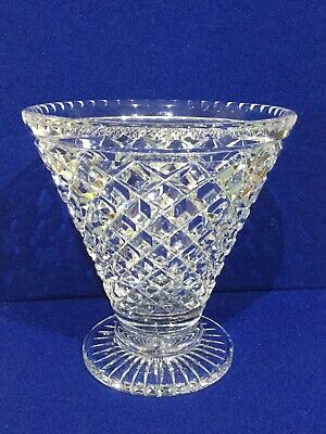 Crystal Glass Hand Cut Centrepiece Vase • 39.50£
