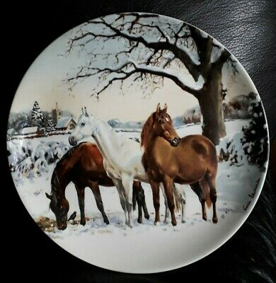 Spode Plate.  Noble Horse Christmas Collection .  Christmas Eve . • 3£