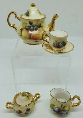 Miniature Teaset In The Style Of Royal Worcester • 0.99£