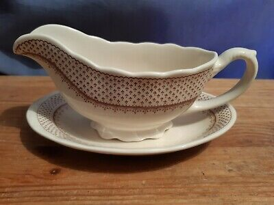 A Masons Gravy Boat And Saucer In The Ashlea Pattern - 1st • 9.99£