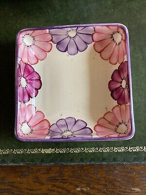 Vintage Hand Painted Grays Pottery Dish • 15£