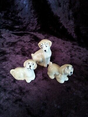 Wade Whimsie Happy Dog Family 1987 • 10£