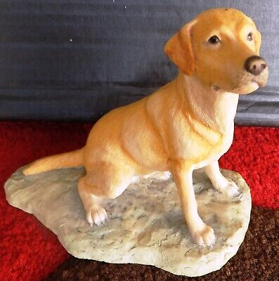 Border Fine Arts - Labrador Seated • 15£