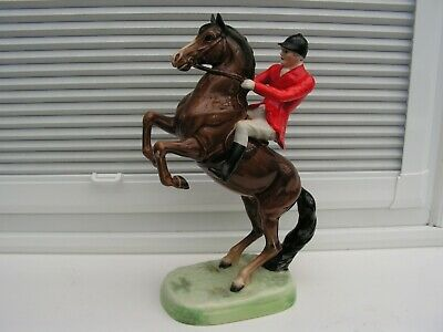 Beswick 868 Rearing Horse With Huntsman. • 30£
