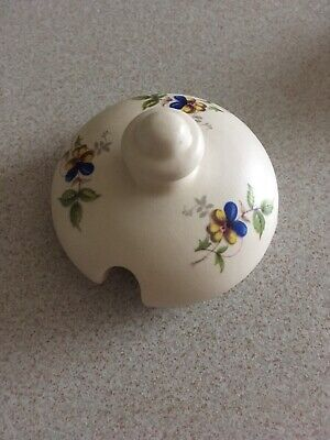 Axe Vale Pottery Lid • 1£