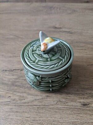 Secla Portugal Ceramic Bee Honey Pot And Decorated Lid • 2.99£