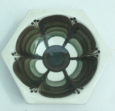 VINTAGE JERSEY POTTERY ASHTRAY RETRO 60's 70's DESIGN • 4£