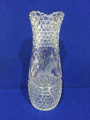 Hand Cut Crystal Glass Vase • 12.50£