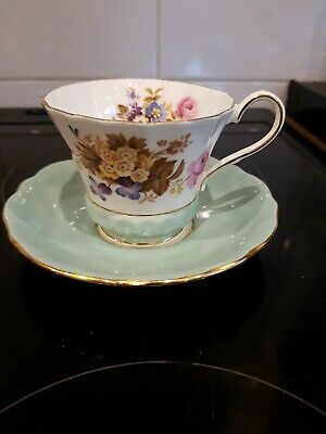 Vintage Aynsley Tea Cup And Saucer 2958 Green / Gold / Floral • 5£