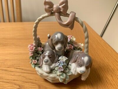 Charming Lladro: A Litter Of Love #1441- 3 Puppies In A Flower Basket - Retired • 25£