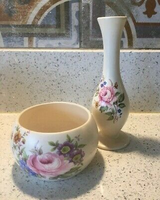 Pretty Axe Vale Pottery Bud Vase And Small Bowl. • 3£