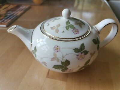 Wedgewood Wild Strawberry Mini Teapot Bone China With Lid • 6.50£