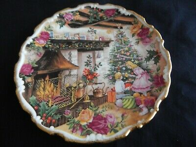 Royal Albert  - Christmas Joy - Collectors Plate By Fred Erril • 25£