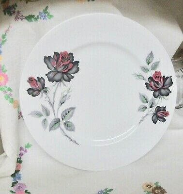 Royal Albert Masquerade 9.5 Inch Bone China Dinner Plate  • 6.99£