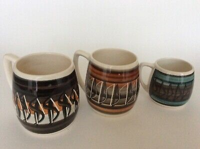 4 Vintage Llanfair My Mualit Welsh Pottery Mugs Hand Painted 2 Large 2 Small • 20£