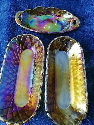3 Pieces Of Carnival Glass • 12£