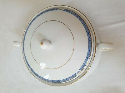 Boots Blenheim Covered Vegetable Serving Dish  White Blue Gold • 8£
