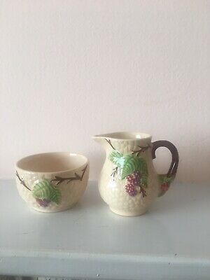Lovely Wade Bramble Set Cream Jug And Small Sugar Bowl Excellent Condition • 1.99£
