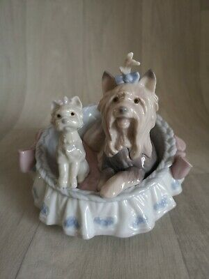 Beautiful Lladro Porcelain Figurine Two Yorkshire Dogs # 6469 • 36.97£