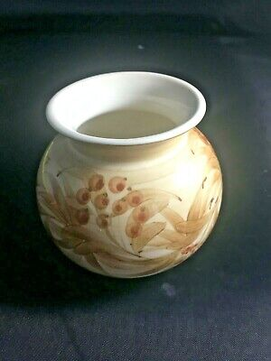 Jersey Pottery ~ Small Round Vase ~ Cream With Hand Painted Flowers • 4£