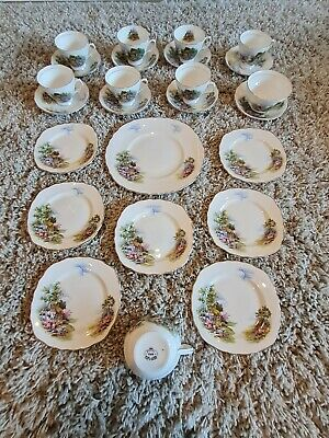 Royal Vale 'Homestead Pattern' Tea Set • 15£