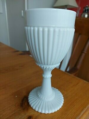 Fenton Milk Glass Goblet • 18£