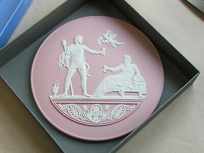 WEDGWOOD WHITE ON PINK JASPER 7¼  YEAR PLAQUE 2008 MINT & BOXED (Ref6543) • 72.50£