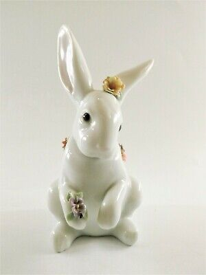 Beautiful Lladro Sitting Bunny With Flowers Item No 6100 Ref 678/2 • 1.20£