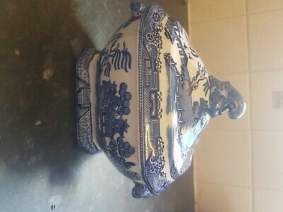 Vintage Blue & White Tureen.willow Pattern. Good Condition For Age. • 12£