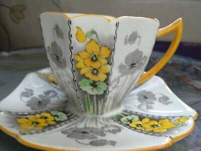 An Amazing Shelley, Coffee Cup & Saucer,queen Anne Shape,yellow Violets Pattern • 375£