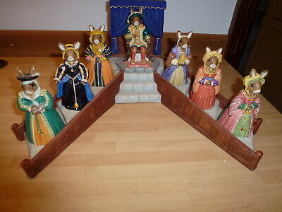 Royal Doulton Bunnykins HENRY VIII & 6 Wives - With Display Stand, Boxes & Certs • 99.99£