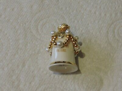 Lovely White China & Pearl Detail Thimble From Imperial Staffordshire  • 10.99£