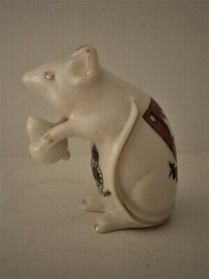 Arcadian Crested China Mouse Eating An Acorn Figurine - Wetherby • 35£