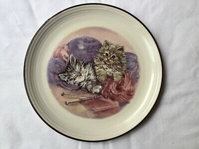 Purbeck Pottery - Bournemouth, England Plate - Title - Playful Kittens  - • 6.99£