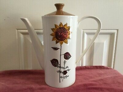 Lord Nelson Pottery Sunflower Design Coffee Pot / Tea Pot • 10£