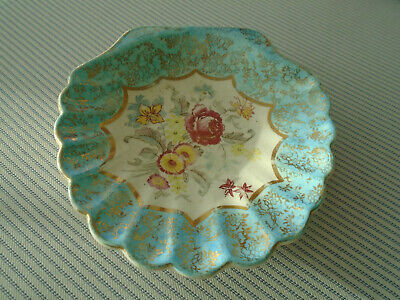 Sandland Ware: Trinket Dish:  Shell Shaped: Floral Design: • 3.50£