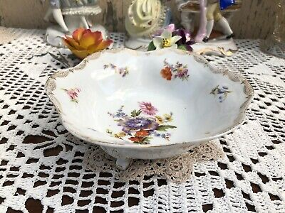 Dresden Sprays 3 Footed Bowl • 29£