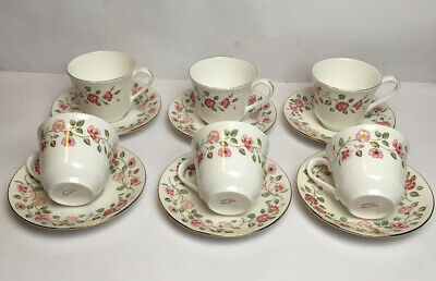 Royal Vale 6 Cups And Saucers Floral Design Made In England Tea Party • 71.25£